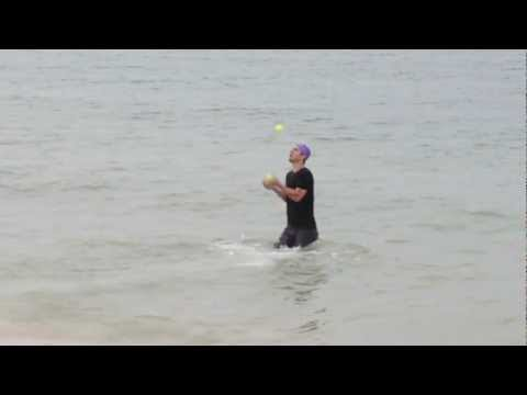 Records - Juegos malabares mientras nada