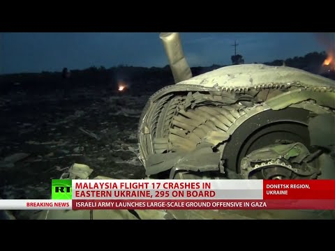RT journalist gets up-close perspective of MH17 wreckage