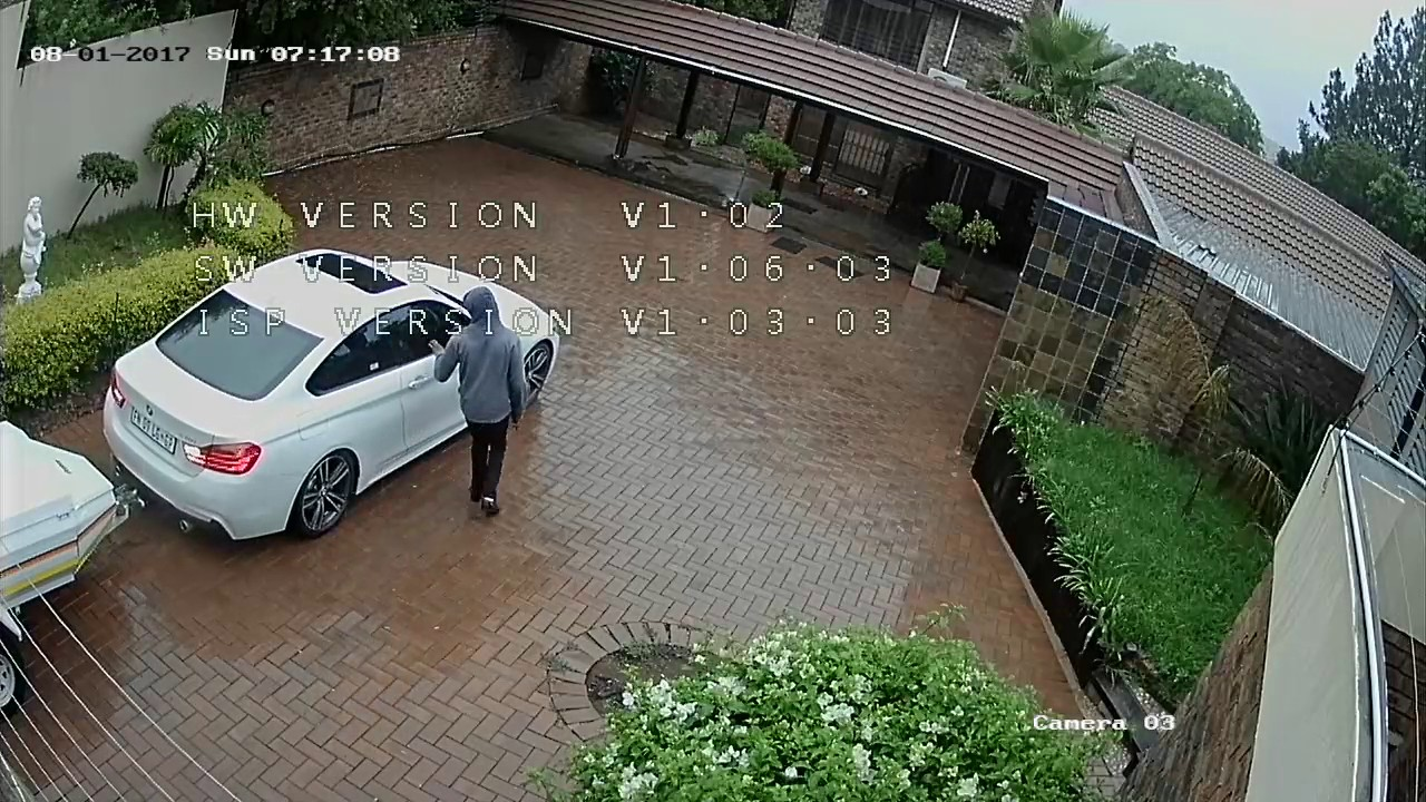 Thieves Follow Dude Home From The Airport