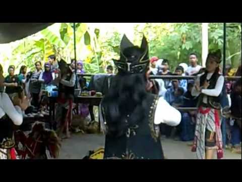 Okk Ui 2012 - Tarian Kuda Lumping video