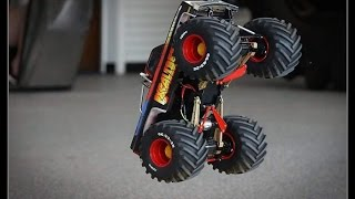 Retro Monster Truck Drag Racing w/ Slow-Mo - Trigger King R/C Monster Trucks