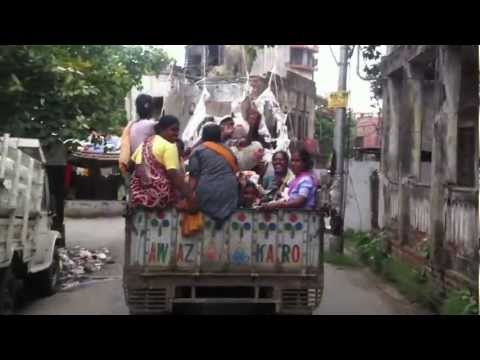 Bringing Donated Clothes to the Slums of Kolkata