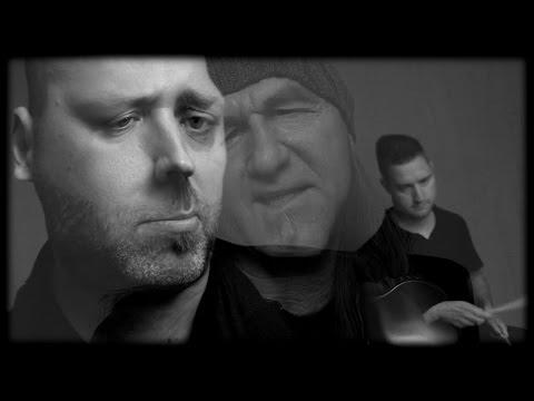 Aurora - Kissé Nagyon Durva (hivatalos Videoklip /official Music Video) 2014