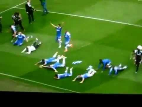 Chelsea : David Luiz kicks Branislav Ivanovic.. Haha Funny.