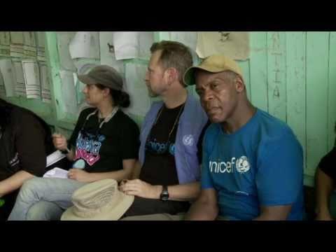 UNICEF Goodwill Ambassador Danny Glover visits Peru to support 'Buena Onda' campaign