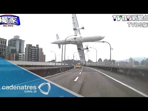 Se estrella avión sobre río de Taiwán