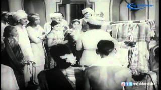 Thookku Thookki | Aanum Pennum Azhagu Seivathu Aadai HD Song 4