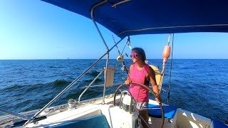 Sailing Away From Land and Into The Pacific Crossing (DJs Dives)