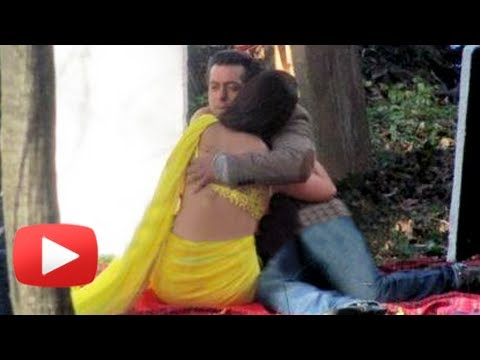 Salman Khan's Hug With Daisy Shah And Bicycle Ride - Jai Ho Romania Shooting video