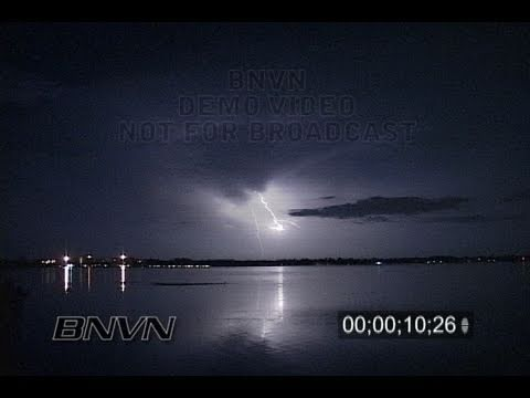 8/28/2007 Sarasota, FL overnight lightning video