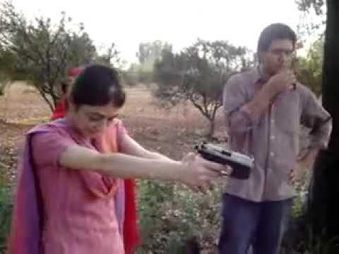 karachi girl firing.flv