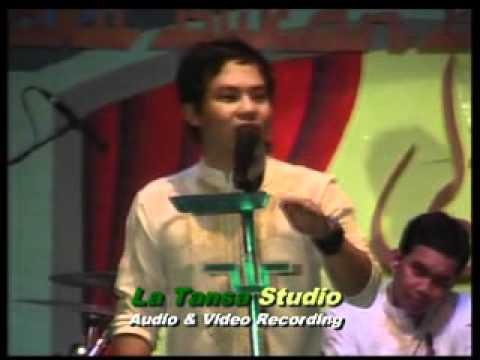 Konser Wali Band Ke 3 Di La Tansa 2011 (pertama).flv video