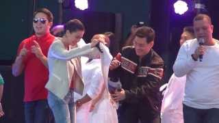 ... Sir-chiefs-richard-yap-slam-book-moment-in-be-careful-with-my-heart