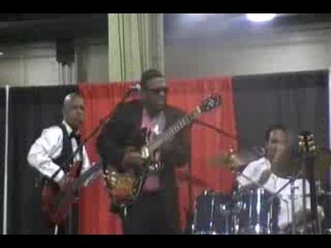 Tribute to Luther Allison - Doc Blakey&The Blues Messengers.