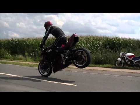Burning down the Street  Stunt Wheelie Stoppie Flyby Sound GSXR CBR RR HD