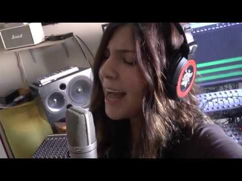 חשופה - סימה לוי דוכין