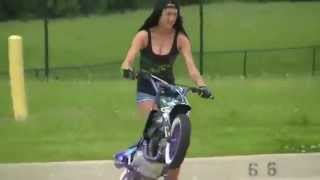 WOW . The Freestyle Motorcycle And The Girl
