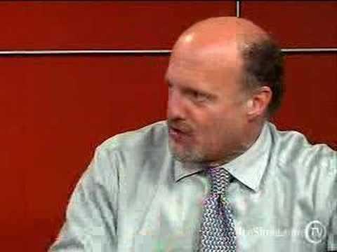 Jim Cramer Tells You What's Hot in Tech Stocks