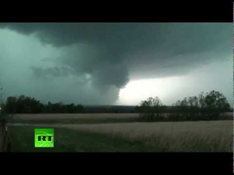 Tornadoes kill 9 in Arkansas and Oklahoma