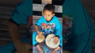 download lagu Iqbal Pengendang Cilik gratis