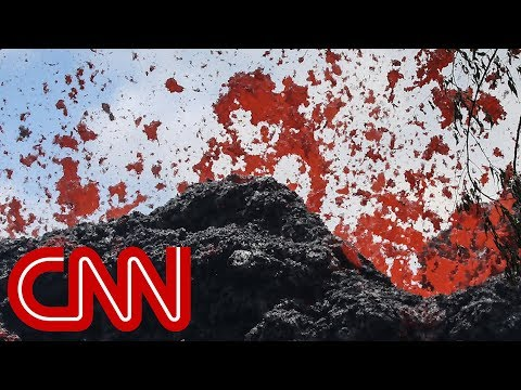 New lava fissures fuel fears of eruption in Hawaii