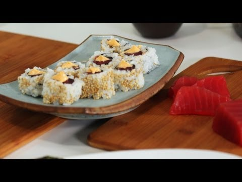 How to Make a Spicy Tuna Roll | Sushi Lessons