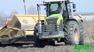 CLAAS XERION 5000 & JOHN DEERE SCRAPER: 1512E 15 m3 - The SOUND of POWER [2] - HARD WORK