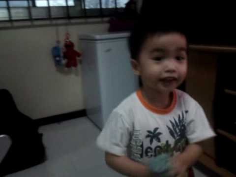 Baby Sings In Hokkien video