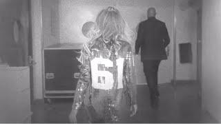 Beyonce Video - Beyoncé X10: Walk To Stage
