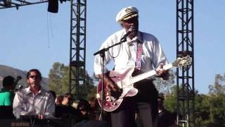 Watch Chuck Berry Around And Around video