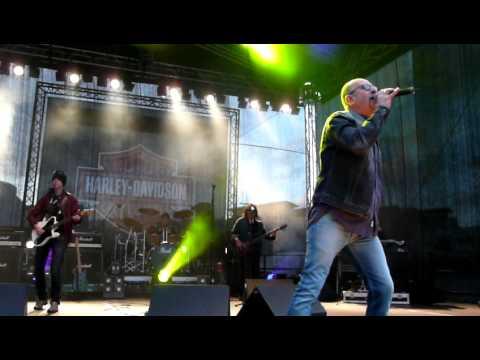 Chris Thompson&Mads Eriksen Band - Spirits In The Night (live in Hamburg, 24.06.11)