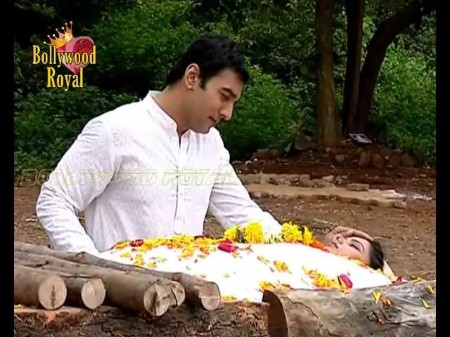 On location of TV Serial 'Uttaran'  Funeral of Surbhi
