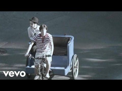 Kaiser Chiefs - Love's Not A Competition (But I'm Winning) Video