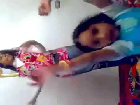رقص مراهقات هايجات عائلي