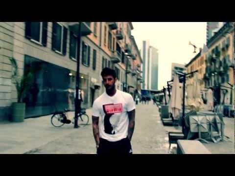 Fabrizio Corona behind the scenes for Bigwig T-shirts
