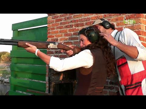 Sin Uniforme - Tiro con escopeta