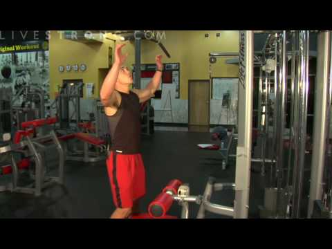 How to Do Lat Pull Downs for Back Strength Image 1