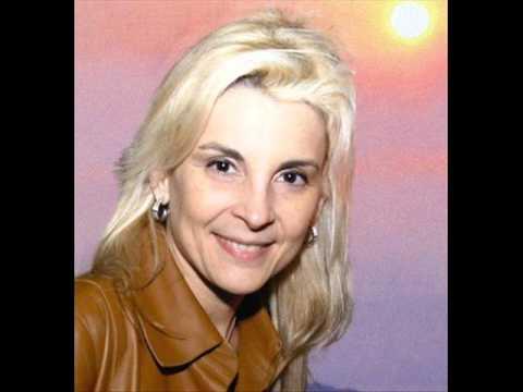 Ludmila Ferber - Recebe a Cura