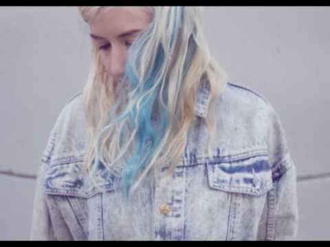 Austra ''Identity'' B-Side (+ Lyrics)