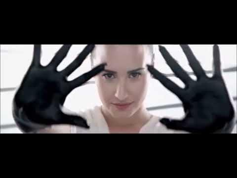 Eu  Sou a Diva que voce quer copiar  ( Demi Lovato )