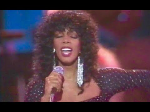 Donna Summer Medley - Dim All The Lights, Sunset People, Bad Girls, Hot Stuff (Live)