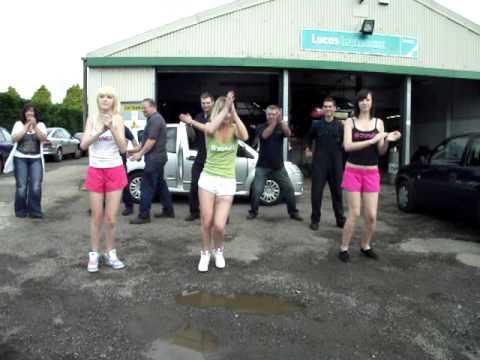 Zumba Pitbull Pause video