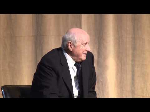 Kevin Roche: Architecture as Environment