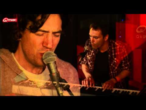 Snow Patrol - Called Out In The Dark (Live @ Bij Q-music)