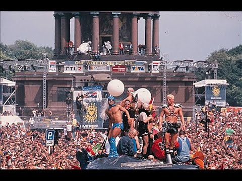 Love Parade 1998 (One World One Future), Berlin, Germany retronew