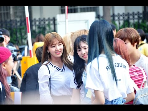 160520 TWICE arriving at Music Bank @Kpopmap