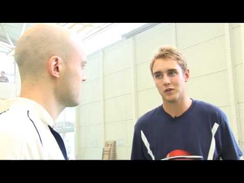 How to bowl with Stuart Broad - 3. The Action
