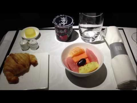 Qatar Airways business class Airbus A321, flight from Goa-Doha QR225. Breakfast dining.