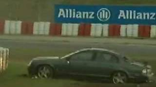Antonio Pizzonia (ex F1 driver) crash a jaguar