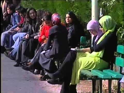 """""""New Female Arab Pop Singers"""" part 2, Lebanon-2004 """"المغنيات العرب الجدد"""" الجزء الثاني -لبنان"""